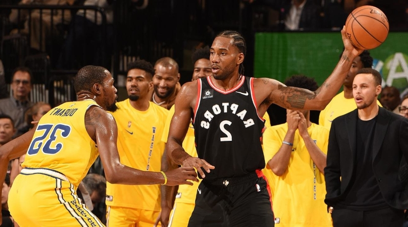 5b9dfeb854a Sport  Durant vs. Kawhi and another night in the NBA Golden Age ...