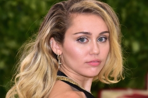 Miley Cyrus Releases New Song and Music Video for 'Nothing Breaks Like a Heart' with Mark Ronson