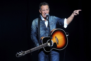 Bruce Springsteen knows that Democrats don't have anyone to beat Trump