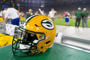 Packers OLB coach Winston Moss fired same day as Aaron Rodgers tweet