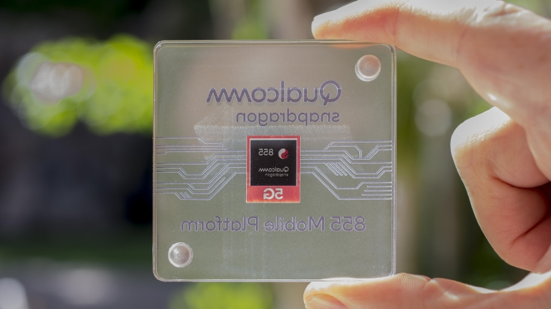 Offbeat: Qualcomm outs the Snapdragon 855 — the first