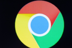 Chrome now blocks ads on deceptive websites