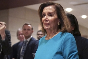 Report: Pelosi weighing placing term limits on committee chairs