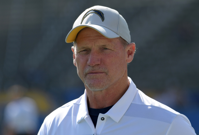 Chargers OC Ken Whisenhunt withdraws from Georgia Tech HC search