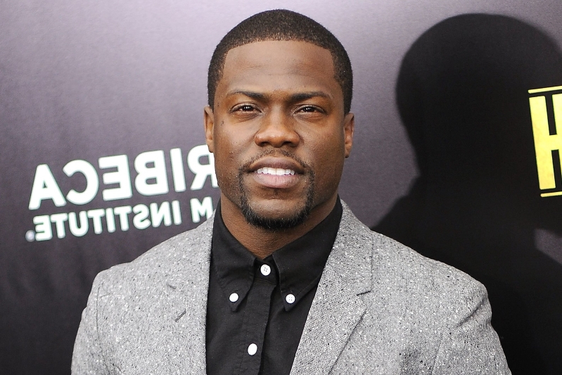 Kevin Hart Invokes Martin Luther King Jr. After Dropping Out of Oscars Over Homophobic Tweets