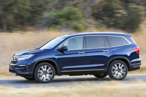 The 2019 Honda Pilot Looks Tougher and Drives Better