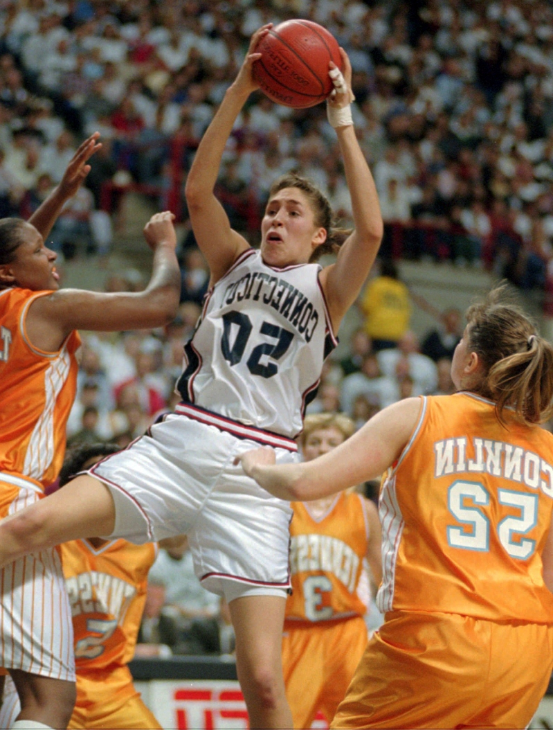 UConn to retire numbers of Hall of Famers Allen, Lobo