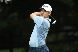 Oosthuizen ends 33-month winless run by lifting SA Open trophy