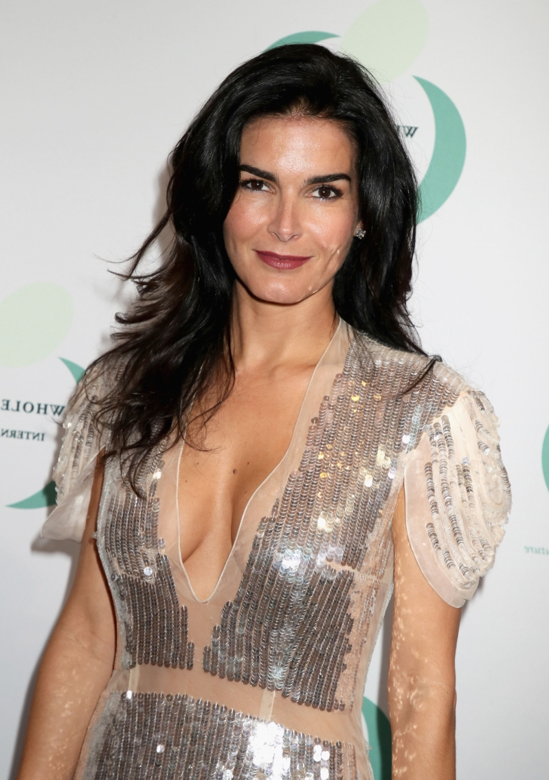 Angie Harmon born August 10, 1972 (age 46) Angie Harmon born August 10, 1972 (age 46) new photo