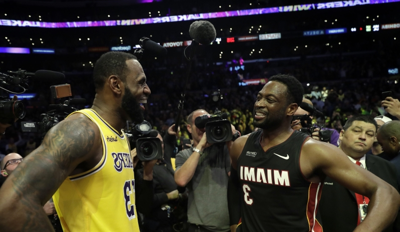f210fd03d0b6 Knicks fans are freaking out over LeBron and Dwyane Wade s postgame chat  about  the Garden