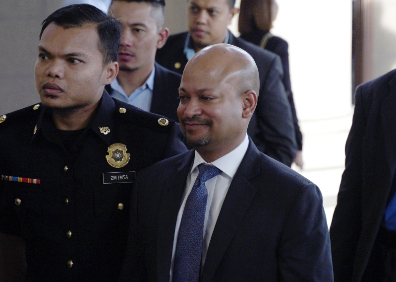 Offbeat: Malaysian ex-PM slapped with new charge over 1MDB scandal