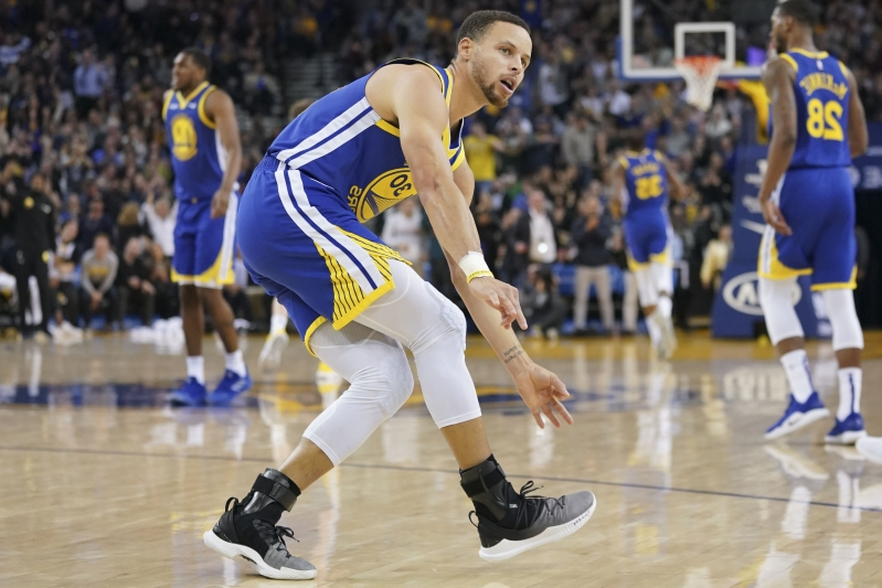8dc09e981d8f Steph Curry did a Q A on Twitter about his new shoe and got so many moon