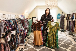 Thousands of women say LuLaRoe's legging empire is a scam
