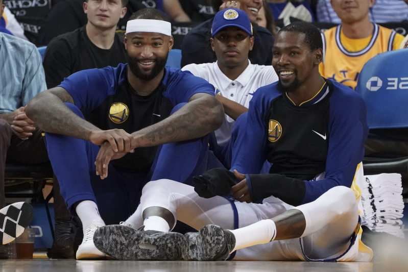 d8313a16571 Sport  Cousins matches up 1-on-1 with Durant in practice - PressFrom ...