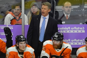 Flyers reportedly plan to fire Dave Hakstol, have eyes on Joel Quenneville as replacement
