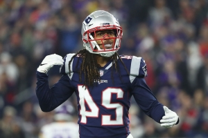 feae810c4db Patriots CB Stephon Gilmore calls out Steelers WR Antonio Brown for  super  dirty  play