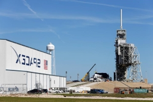 SpaceX to launch U.S. spy satellite in first national security mission