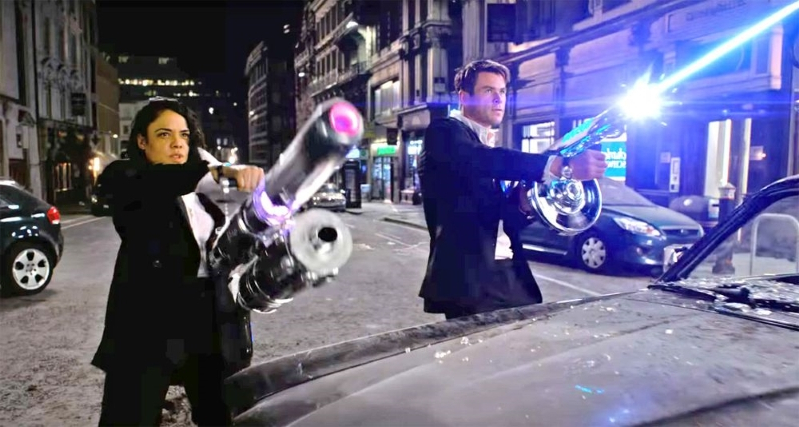 ab329be756f Chris Hemsworth and Tessa Thompson Fight Aliens in First Trailer for Men in  Black  International