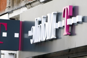 T-Mobile's TV service said to face launch delay