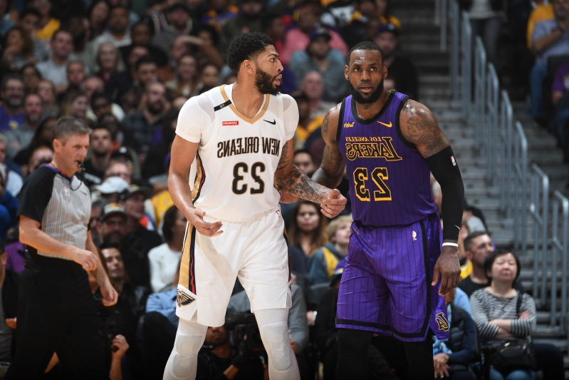 e1ad92955210 LeBron James expertly shuts down tampering accusations after Anthony Davis  comments