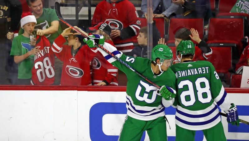 Sport  Aho leads Carolina past Bruins 5-3 on Whalers Night ... 47026f125