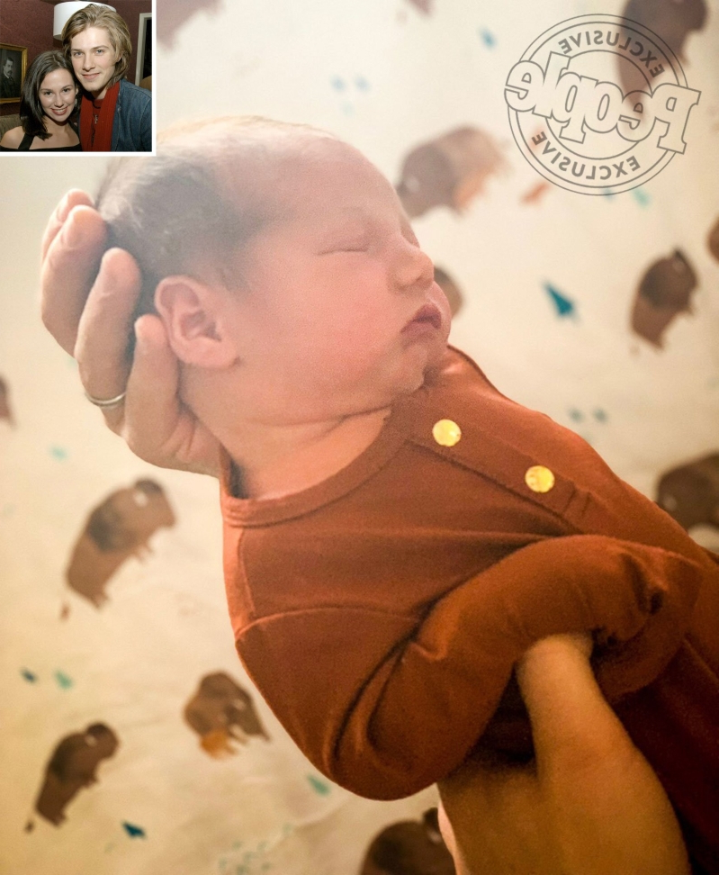 555ec6eef2426 Entertainment: Taylor Hanson and Wife Natalie Welcome Son Claude ...