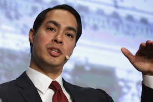 Julián Castro on possible 2020 bid: 'I'm not going to be a single issue candidate'