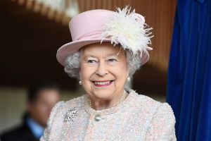 Queen Elizabeth Rumor Claims She Could Die This Month; Palace Responds
