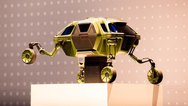 CES 2019: Hyundai's walking car concept is perfect for first responders