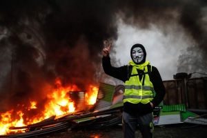 Masks will be outlawed at protests in France with perpetrators sent to jail
