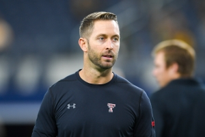 Report: Kliff Kingsbury interviewing with Cardinals Tuesday