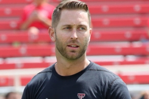 Report: Kliff Kingsbury meets with Jets to discuss head coaching job