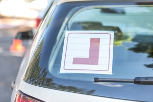 Unaccompanied learner driver with no L-plates arrested after driving 115km/h in 50km/h zone