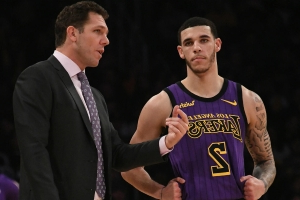 Walton challenges Lonzo, Ingram: 'We need more passion'