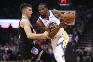 Kevin Durant rails against Knicks free-agency rumors
