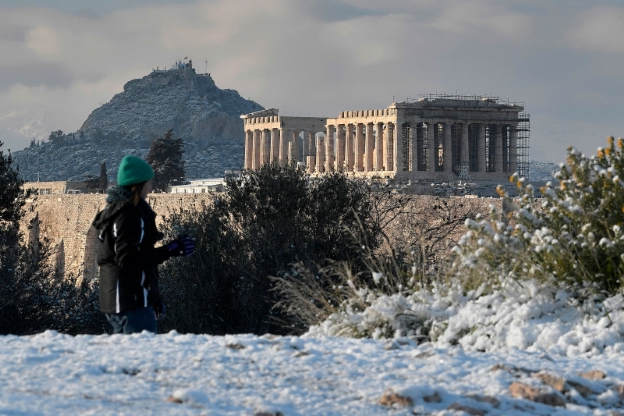 Rare Snow Has Turned Greek Ruins Into a Winter Wonderland This Week