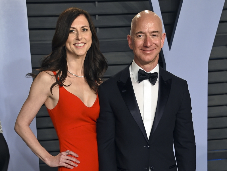 Money: Jeff Bezos' wife could become world's richest woman
