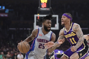 Kuzma's career-high 41 leads Lakers over Pistons 113-100