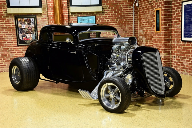 Classics: This 1934 Ford Packs a 560hp Punch - PressFrom - US
