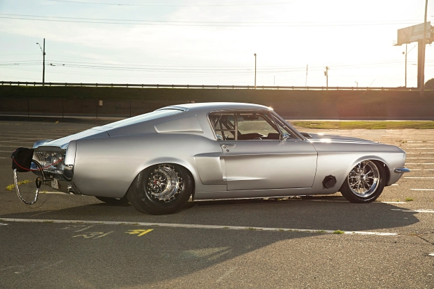 A 2000hp steel-body 1967 Mustang Fastback Built for Grudge Racing