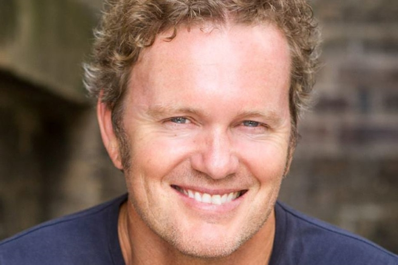 Craig McLachlan charged with sex offences by Victoria Police