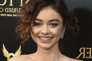 How Sarah Hyland overcame '27 years of being sick,' mental health struggles