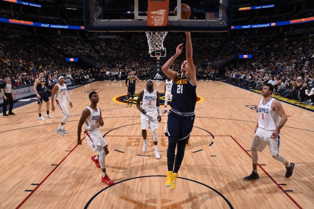 Jokic notches triple-double as Nuggets rout Clippers 121-100