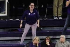 Northwestern asks shrieking fan to quiet down after complaints