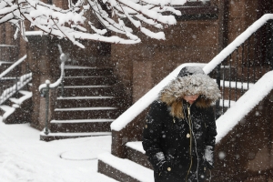 Snow blankets St. Louis as storm aims at Washington and Baltimore