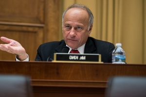 Steve King faces new storm over remarks about white supremacy