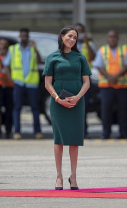 Style: Woman Who Accidentally Rejected A Meghan Markle-Owned