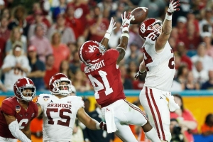 Thompson makes it 6 Tide players to declare early for draft