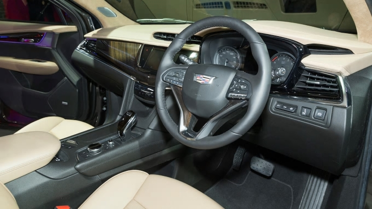Auto Shows 2020 Cadillac Xt6 First Look Key Addition Doesnt Wear