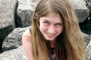 Jayme Closs kidnapping suspect decided to take teen after seeing her get off a school bus, complaint says